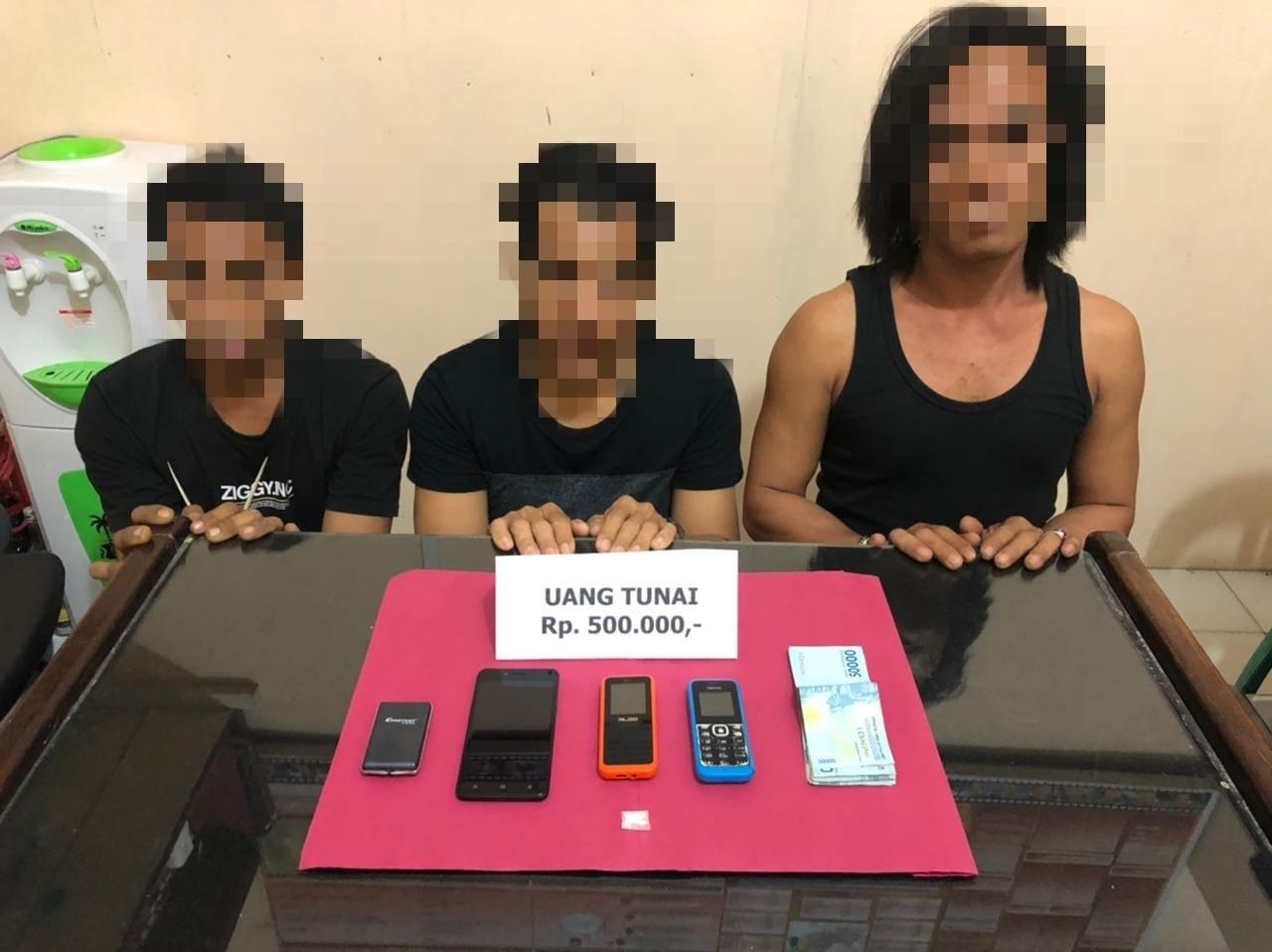 Tiga Pria Pengedar Shabu Berhasil Ditangkap