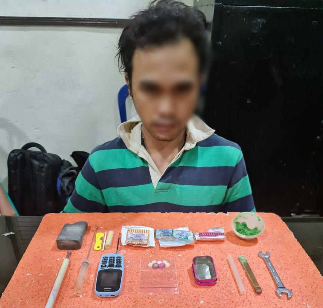 Pelaku Pembuat Extacy Palsu, Ditangkap Polisi
